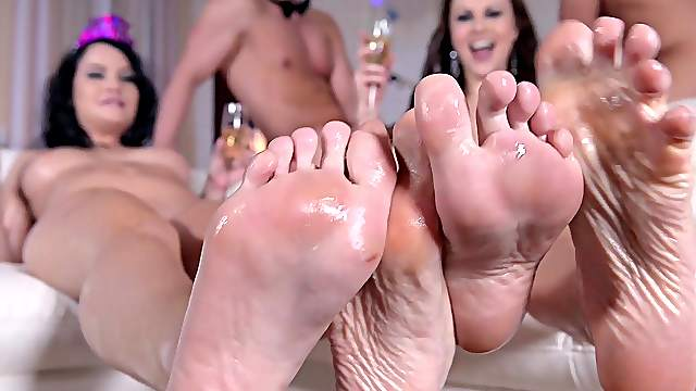 Cum on feet vids